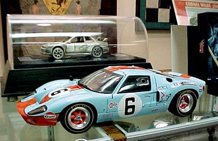 Ford GT40 gmp 1/12 scale diecast mount view